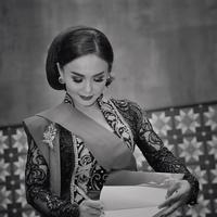 Setiap tanggal 21 April, diperingati sebagai Hari Kartini. Setiap tahun masyarakat Indonesia selalu merayakan hari lahir Raden Adjeng Kartini. Begitu juga para selebriti. (Instagram/yunishara36)