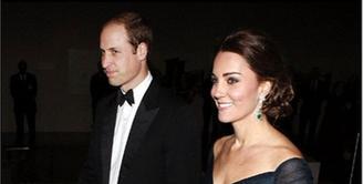 Raja dan Ratu Inggris Pangeran William dan Ratu Kate Middleton tengah berbahagia menunggu kehadiran anak ketiga. Berharap akan lahir seorang anak perempuan, mereka akan memberi nama Diana. (Instagram/katemiddletonofficial)