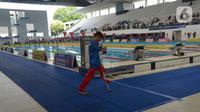Atlet para swimming mengikuti kejuaaran 2nd Jakarta Open Para Swimming Championship 2019 di GBK Aquatic Center, Jakarta, Sabtu (29/11/2019). Kejuaran renang yang diikuti para atlet disabilitas ini dapat menumbuhkan atlet disabilitas yang unggul dan bisa mewakili Indonesia. (merdeka.com/Imam Buhori)