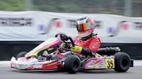Dua pembalap kakak adik, Aditya dan Calvin mendominasi kejuaraan gokart kelas Mini Rok di sirkuit internasional karting Sentul (istimewa)