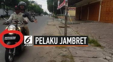 Dua pelaku jambret melancarkan aksinya di Jalan Pattimura, Kecamatan Siantar Timur, Pematangsiantar. Korban adalah pejalan kaki yang tengah asik merekam suasana sekitar dengan ponselnya.