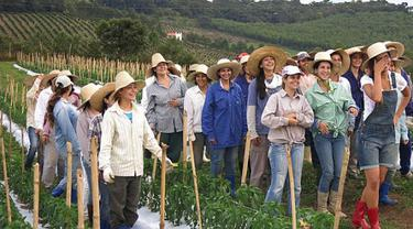 Para Pria Single, Silahkan Kunjungi Desa Khusus Wanita di Brasil!