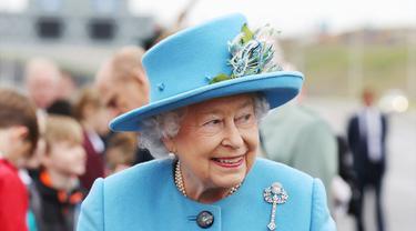 Ratu Elizabeth II Resmikan Jembatan Senilai 22,6 Triliun