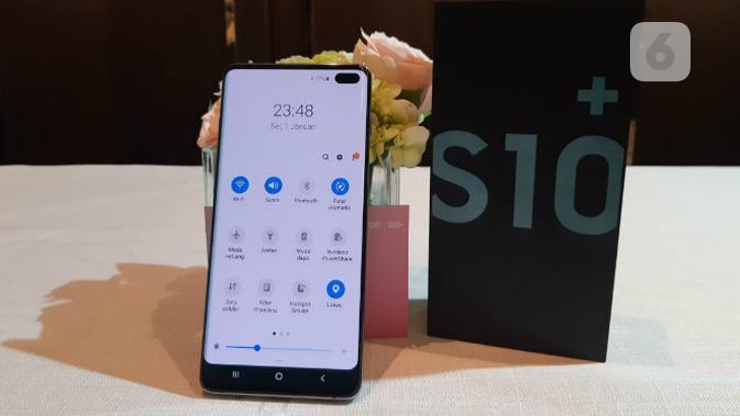 Menjajal Samsung Galaxy S10 Plus di Indonesia. Liputan6.com/Agustin Setyo Wardani