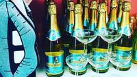 Minuman yang digemari perempuan, Babycham, memilih terjun ke dunia sepak bola dengan menjadi sponsor klub Belgia. (Instagram)