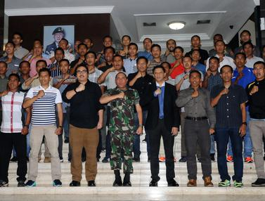20170202-Puluhan Wasit Piala Presiden Ucapkan Janji Integritas di Makostrad-Jakarta