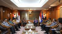 Para Bupati menemui Mendagri Tito Karnavian di Gedung Kemendagri, Jakarta, Jumat (6/3/2020).