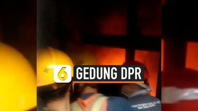 thumbnail kebakaran gedung dpr