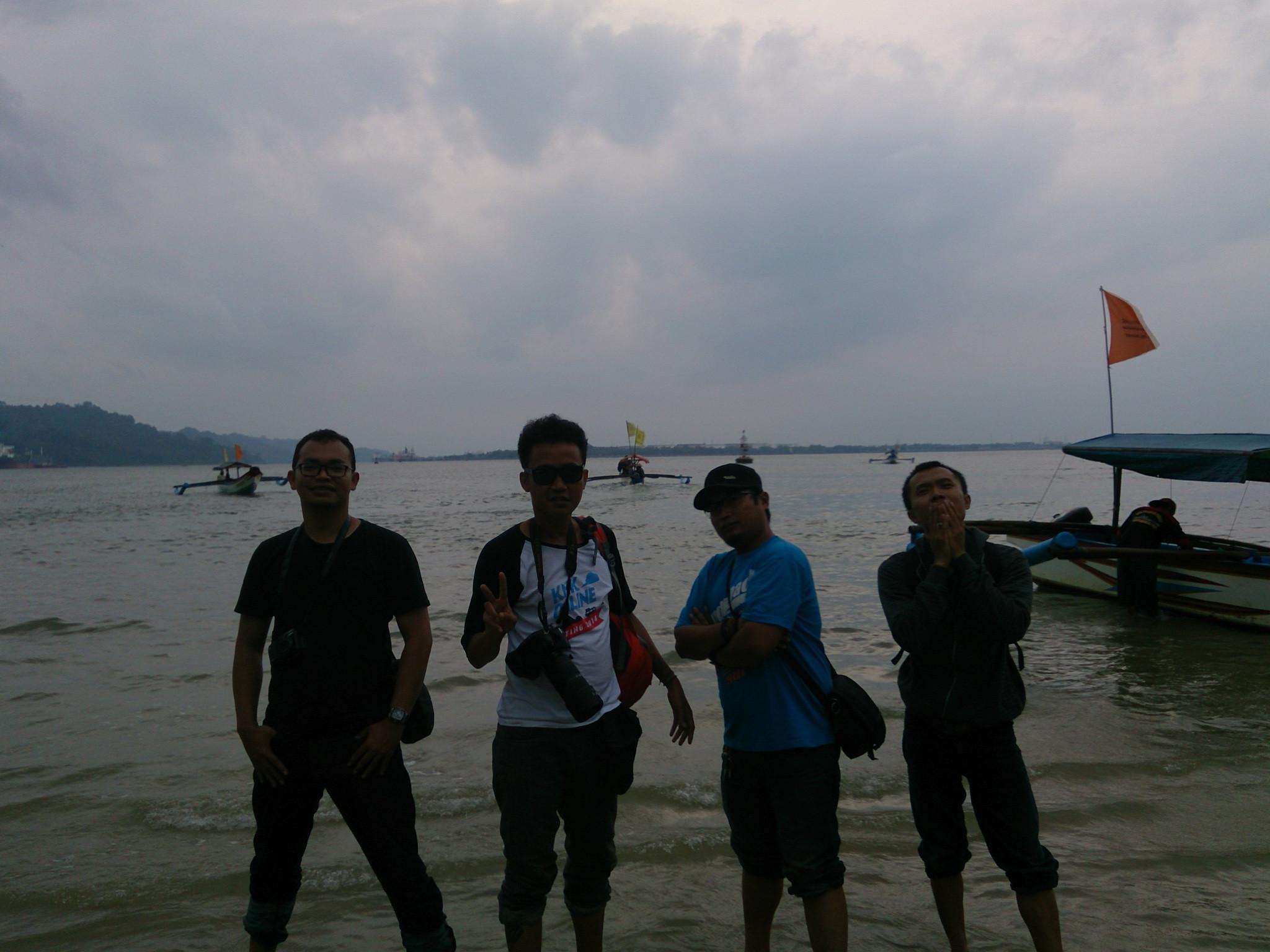 Pantai Pasir Putih di Pulau Nuskambangan (Liputan6.com/Oscar Ferri).