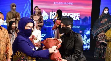 Ibu Negara Turki, Emine Erdogan, menyaksikan diplomasi fashion Indonesia di Ankara.