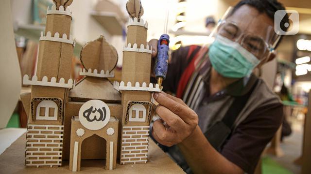 FOTO: Mengunjungi Pameran Produk UMKM dalam Program Bangga Buatan Indonesia