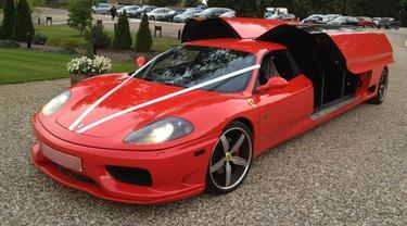 Ferrari 8-penumpang (Carscoops)