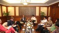 Kerjasama tersebut bertujuan untuk meningkatkan kompetensi pekerja Indonesia dalam kaitannya investasi sumber daya manusia.