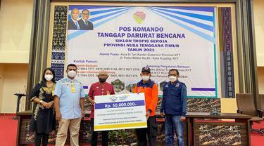 Bank Mandiri Taspen (Bank Mantap) memberikan bantuan kepada keluarga korban bencana alam Siklon Seroja yang terjadi di wilayah Kupang, Nusa Tenggara Timur.
