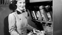 Ellen Church adalah seorang suster atau perawat yang telah memiliki sertifikat untuk melakukan penerbangan sebagai pilot (alchetron.com).