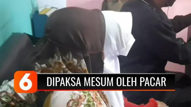 Seorang anak di bawah umur di Kabupaten Tasikmalaya, Jawa Barat, melapor ke KPAI Daerah Tasikmalaya, karena mengaku dipaksa kekasihnya untuk berbuat mesum. Korban mengaku diancam, jika tidak mengikuti keinginan sang kekasih.