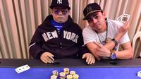 Semasa hidupnya, Henry Rosario Martinez gila permainan poker. Hingga hari terakhirnya, ia masih duduk di meja poker.