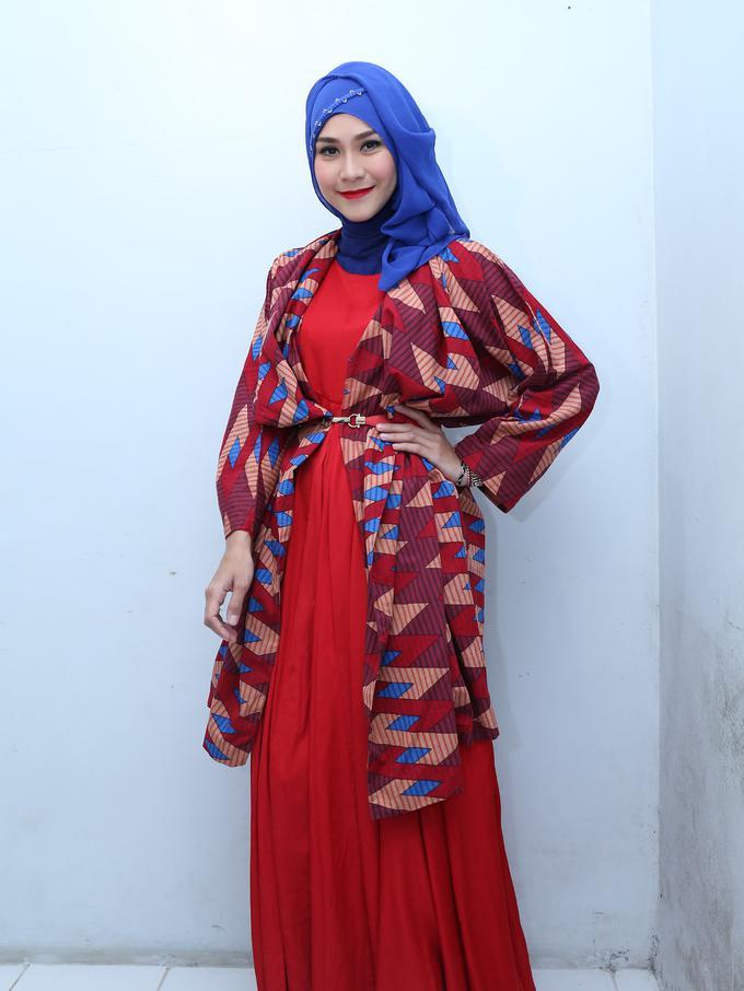 Zaskia Adya Mecca Senang Dengan Jilbab Yang Simpel News