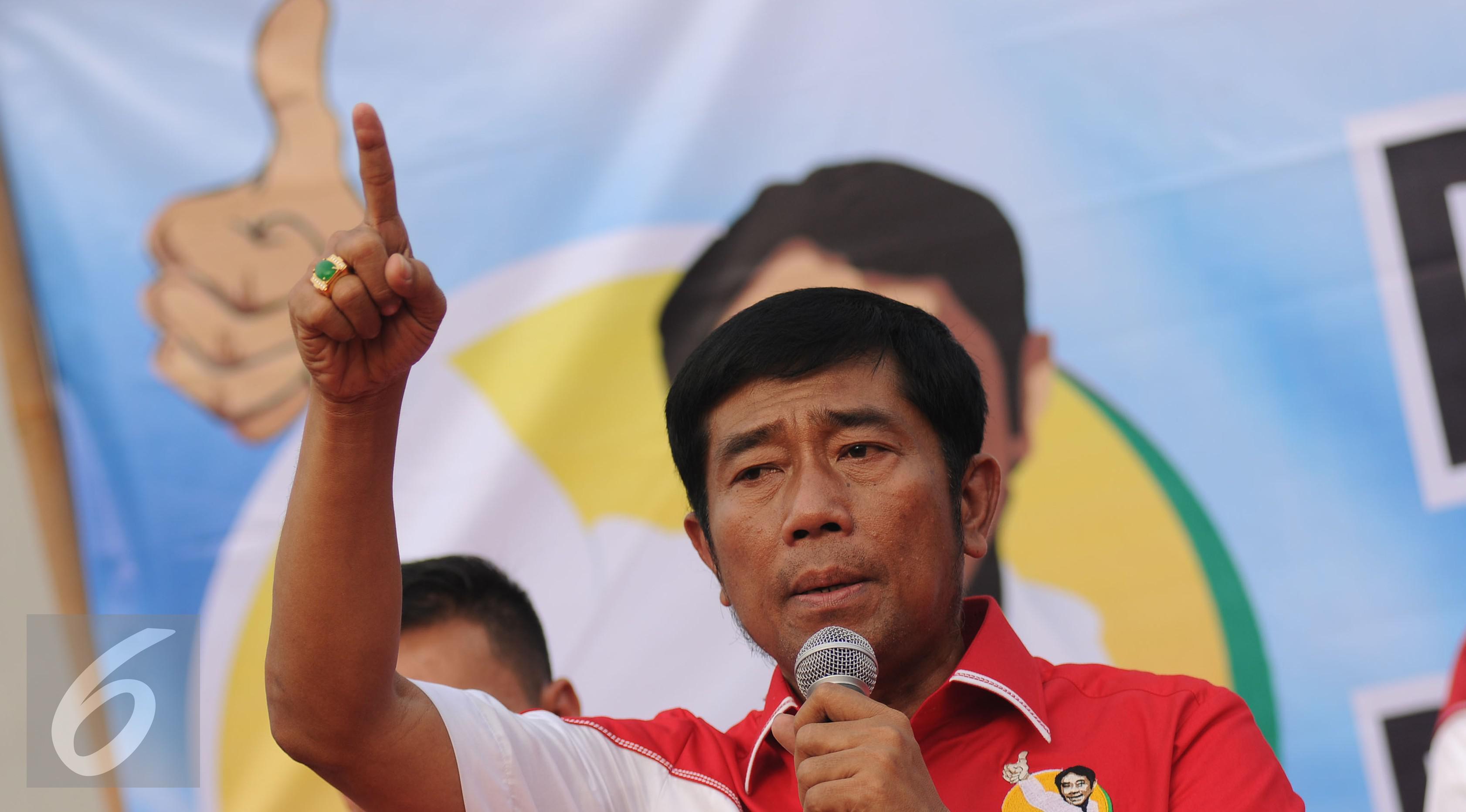 Haji Lulung akan memotong kupingnya jika Ahok berani maju dalam Pilkada DKI melalui jalur independen.(Liputan6.com/Helmi Fithriansyah)