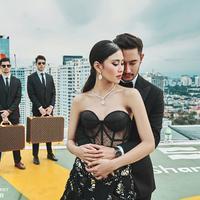 Buat iri netizen, pasangan seleb ini tak henti bergaya sensasional. (Sumber foto: riomotret/instagram)
