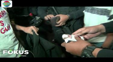 Guna kepentingan penyidikan, dua remaja beserta barang bukti ganja dibawa ke Mapolres Jakarta Barat.