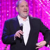 Nama Harvey Weinstein yang sudah melambung tinggi seketika jatuh lantaran tercoreng dengan perbuatannya sendiri. Setelah skandal pelecehan seksualnya  terbongkar, kehidupan Harvey pun berubah seketika. (AFP/Rich Polk)