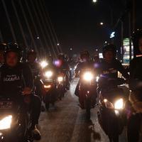 Promosi Film Baracas, Pidi Baiq Konvoi 100 Motor di Bandung (Falcon PIctures)