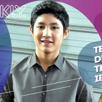 Teuku Rassya memilih menemani sang ibunda ketika berlibur ke Indonesia.