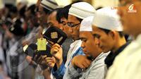 Itikaf sepuluh hari terakhir Ramadan paling mahal nilainya. Ampunan semua dosa yang kita lakukan bernilai lebih baik dari 1.000 bulan. (Liputan6.com/Abdul Aziz Prastowo)