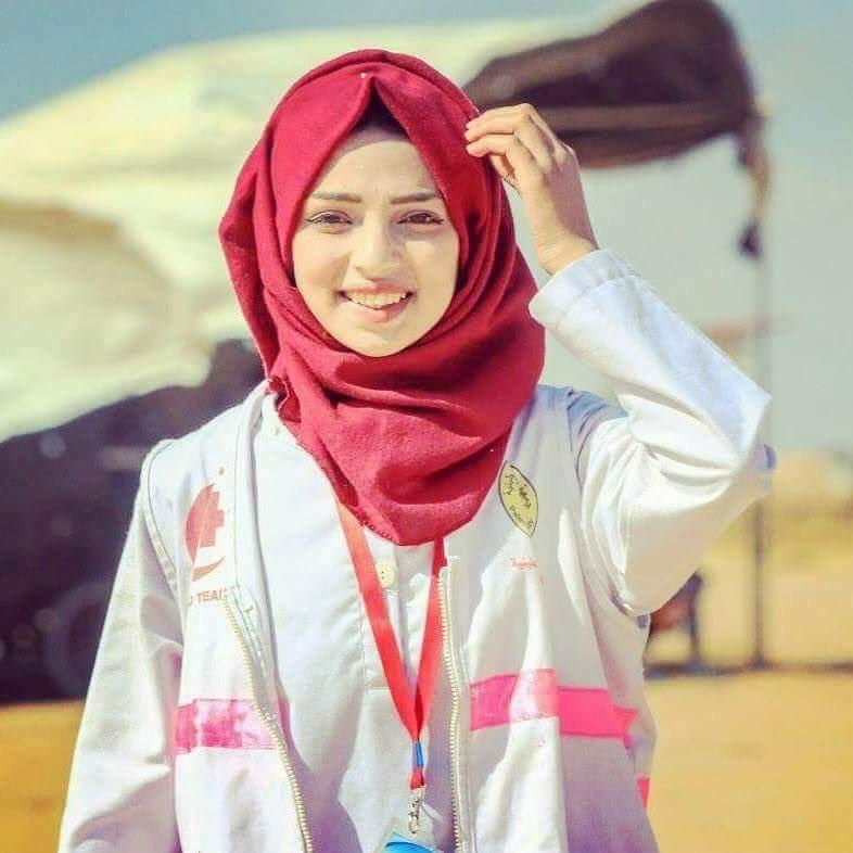 Razan Ashraf Najjar gugur dalam tugas. Perawat Palestina itu ditembak Israel (Twitter)