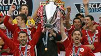 Pada kariernya bersama Manchester United, Ryan Giggs berhasil mempersembahkan 35 gelar juara untuk The Red Devils. (AFP/Paul Ellis)