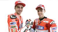 Dua pebalap Ducati, Andrea Iannone dan Andrea Dovizioso, diberitakan bakal hengkang seusai MotoGP 2016. (Motorsport)