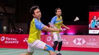 Ganda putra Indonesia Hendra Setiawan/Mohammad Ahsan kalah dari pasangan Korea Selatan Choi Sol-gyu/Seo Seung-jae pada laga kedua Grup B BWF World Tour Final 2020 di Impact Arena, Bangkok, Kamis (28/1/2021). (foto: BWF-limited acces)
