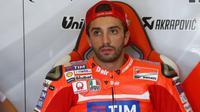 Pebalap Ducati, Andrea Iannone, dipastikan masih absen pada balapan MotoGP Jepang di Twin Ring Motegi, Jepang, 16 Oktober 2016. (Crash)
