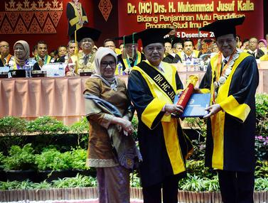 Jusuf Kalla Terima Gelar Doktor Kehormatan