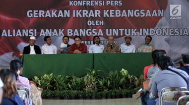 Tokoh lintas agama Ahmad Syafii Maarif memberikan keterangan dalam rangka kegiatan Doa dan Ikrar Anak Bangsa untuk Indonesia, di Jakarta, Kamis (28/2). Kegiatan tersebut akan digelar pada 24 Maret 2019 di Monas. (Merdeka.com/Iqbal S. Nugroho)
