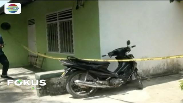 Lagi, Densus 88 Antiteror Mabes Polri tangkap dua terduga teroris asal Banyiasin, Sumatera Selatan da Sragen, Jawa Tengah.