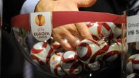 Ilustrasi undian Liga Europa. (AFP/Sebastien Feval)