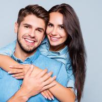 Ilustrasi pasangan bahagia (iStockphoto/Deagreez)