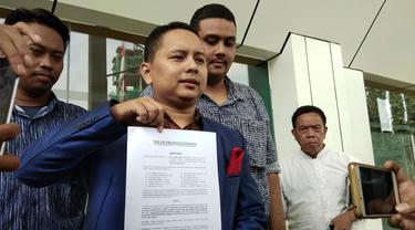 Eggi Sudjana diwakilkan pengacaranya mendaftarkan gugatan status tersangka yang disematkan Polda Metro Jaya ke Pengadilan Negeri Jakarta Selatan, Jumat (10/5/2019).