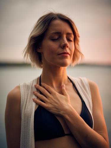 Ilustrasi sesak nafas akibat asma atau Covid-19/unsplash Darius