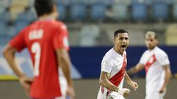 Tiga gol Peru dicetak Gianluca Lapadula pada menit ke 21 dan 40 lalu Yoshimar Yotun pada menit ke 80. (AP/Andre Penner)