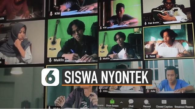 Video kocak siswa menyontek saat ujian online viral di media sosial. Video ini banyak dibilang kreatif oleh netizen.