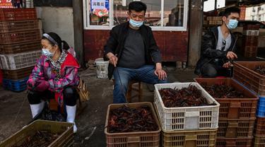 China Kembali Buka Pasar Basah Wuhan