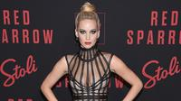 Jennifer Lawrence megaku bahwa dirinya mabuk sebelum hadiripremier Red Sparrow di New York City. (standart.co.uk)