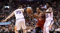 Aksi DeMar DeRozan saat Raptors Kalahkan Suns (AP)