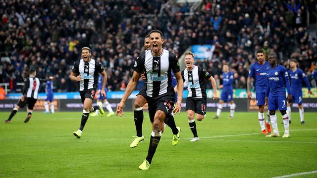 Newcastle United Tumbangkan Chelsea di Kandang