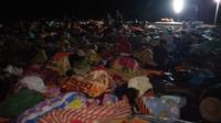 Ratusan Pengungsi gempa Lombok tidur di tempat terbuka. (Istimewa)