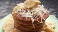 Pancake pisang yang bisa disajikan untuk sarapan pagi (Dok.Instagram/@akuntania/https://www.instagram.com/p/Bolhkmineu0/?hl=en&tagged=pancakepisang/Komarudin)