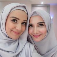 Memasuki bulan Ramadan, siapkan makeup simpel yang terlihat cantik setiap saat. (Sumber foto: shireensungkar/instagram)